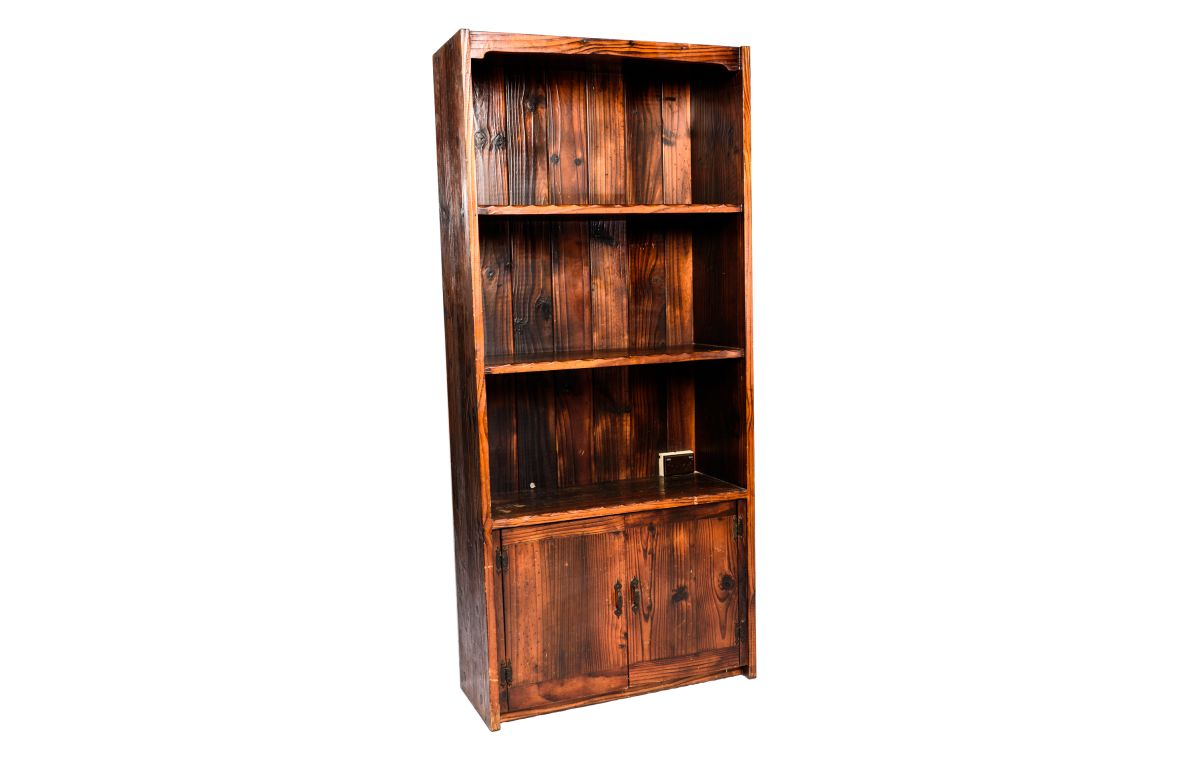 Wooden_Bookshelf_with_4_Shelves_and_2_drawers