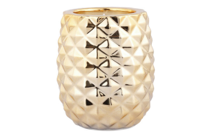 Photograph of Pineapple Candle – 12cmH x 9cmW