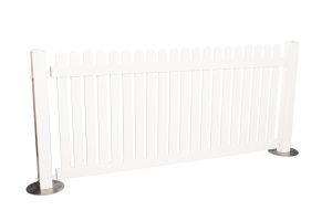 Photograph of White Picket Fencing Panel – 2.5mW x 1.1mH