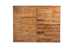 Photograph of Pallet Wall with Single Shelf