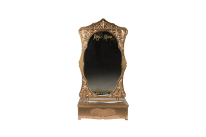 Photograph of Magic Mirror Gold – 1.2mW x 1.2mD x 2.3mH