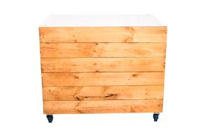 Photograph of Pallet Bar with Box Front