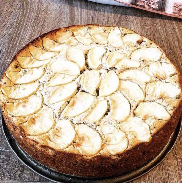 Cheesecake alle mele e scaglie di cioccolato fondente - sfornata