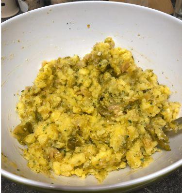 polpette patate e cavoletti di bruxelles al forno - mix patate e cavoletti e altri ingredienti