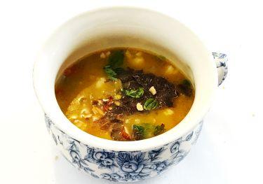 Ristorante I Pupi Bagheria - minestra di scarola e crostacei con scaglie di tartufo di Palazzolo Acreide