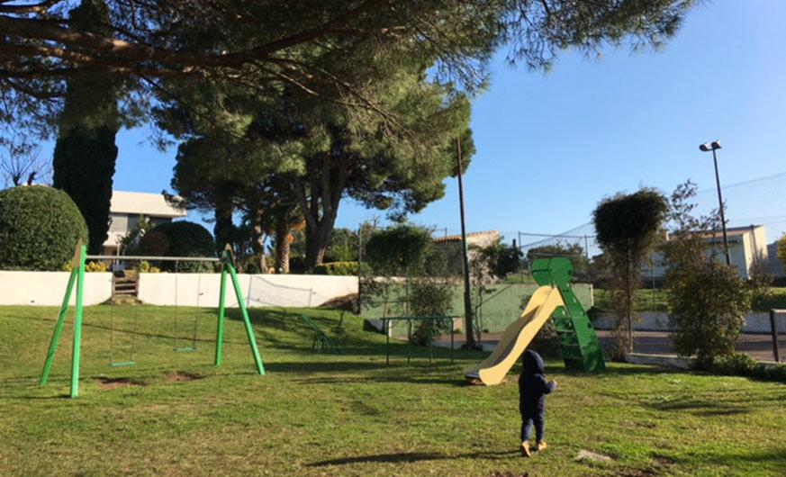garden villa playground