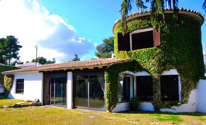 garden villa ana