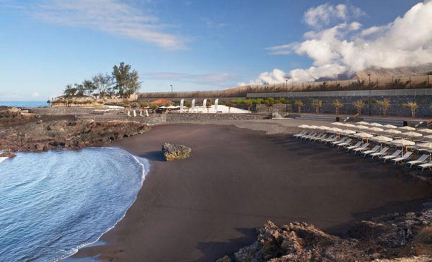 palacio de isora beach