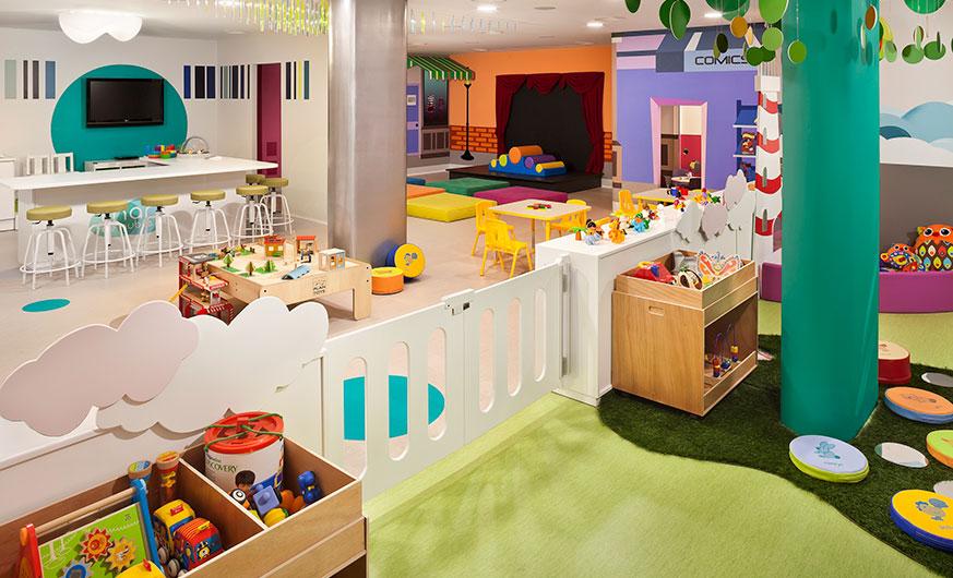 palacio de isora playroom