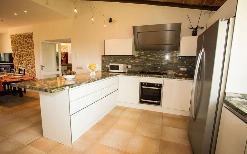 mallorcan farmhouse kitchen
