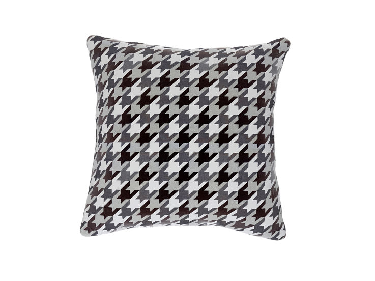 Geometric Dogtooth Cushion