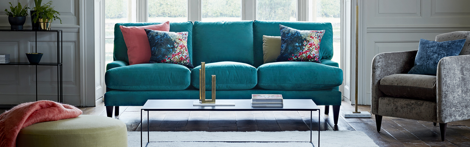 Poppy Sofa in Velvet Touch - Dragon Eye