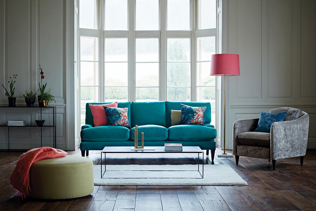 Poppy Classic Sofa