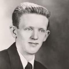 Howard Dale Holfeltz