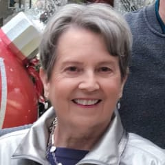 Suzanne Lundy Sparks