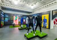 Nike Football Bootroom - Lillywhites