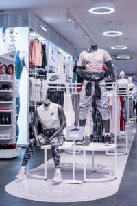 Womens mannequin display