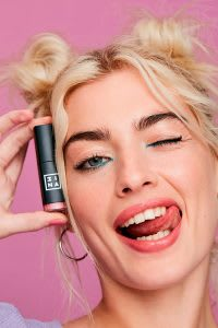 3ina playful lipstick promotional photo 4