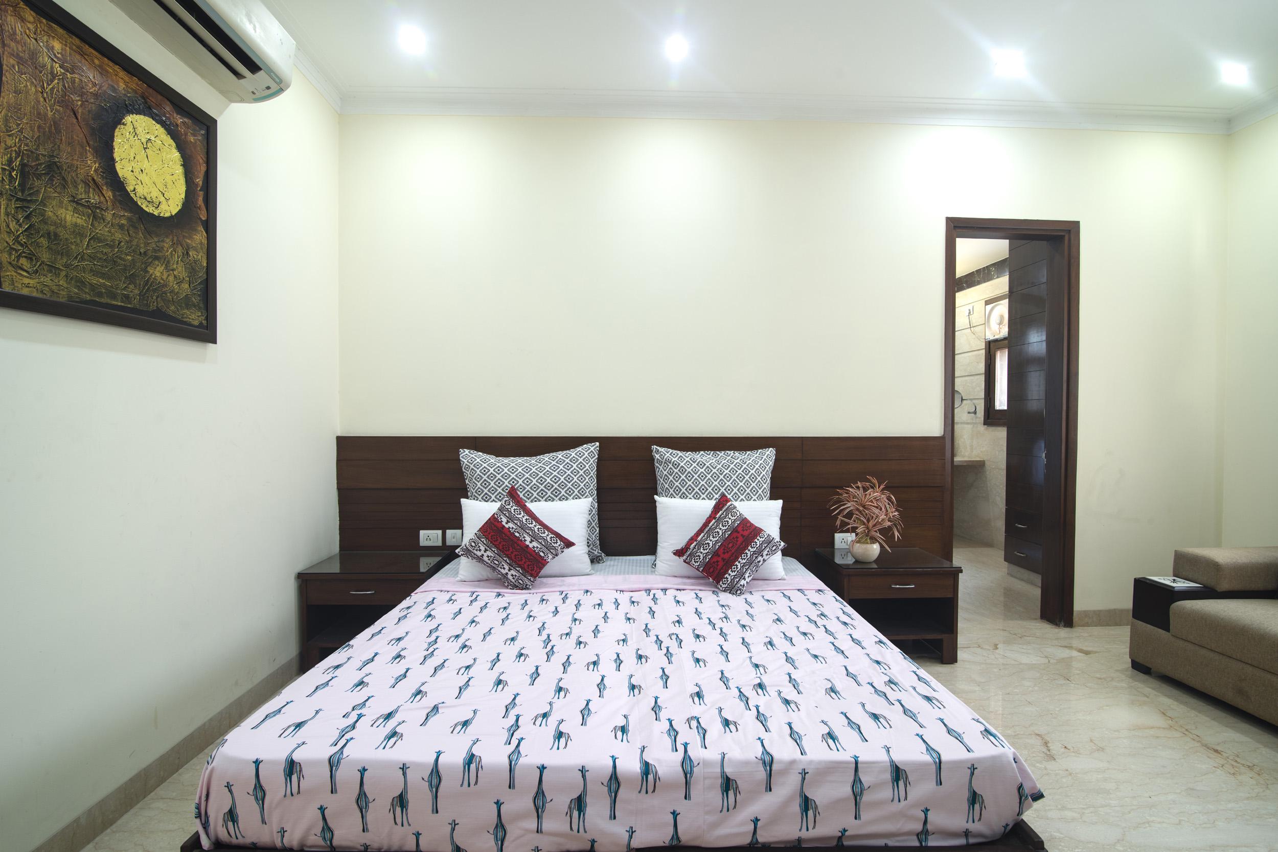 Perch Arbor- Sohna Road,Studio Apartment, Room