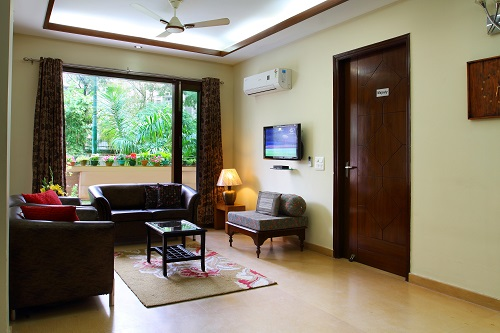 Large Family Apartments-Golf Crs Road