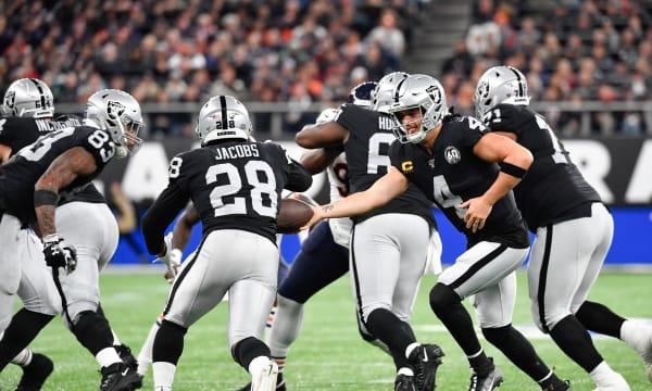 Green Bay Packers vs Oakland Raiders: Run Josh, run!
