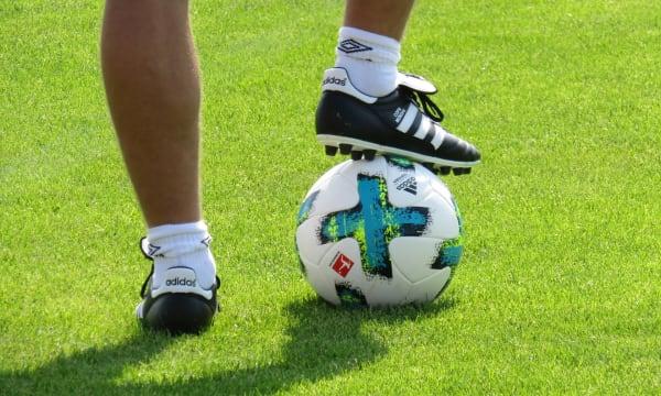 Fotbollskor & boll