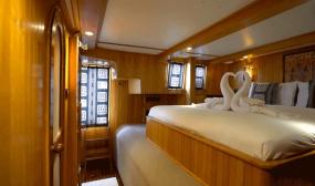 Day Luxury Catamaran Charter Tour