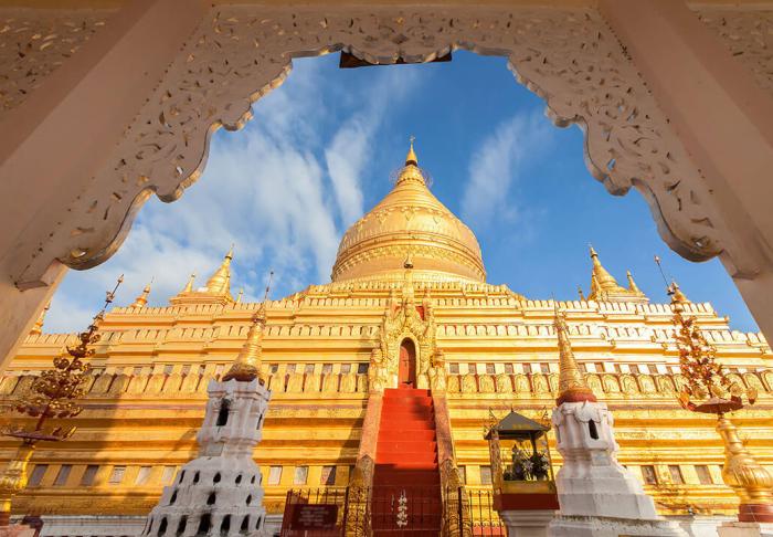 Shwedagon Pagoda in Shwedagon Pagoda, Yangon