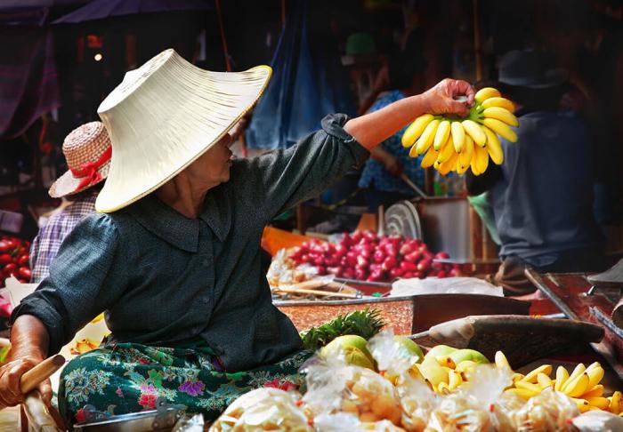 Amphawa Market in Amphawa Market, Bangkok