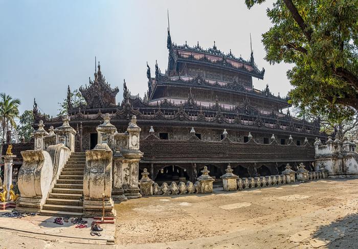 Kuthodaw Pagoda in Kuthodaw Pagoda, Mandalay