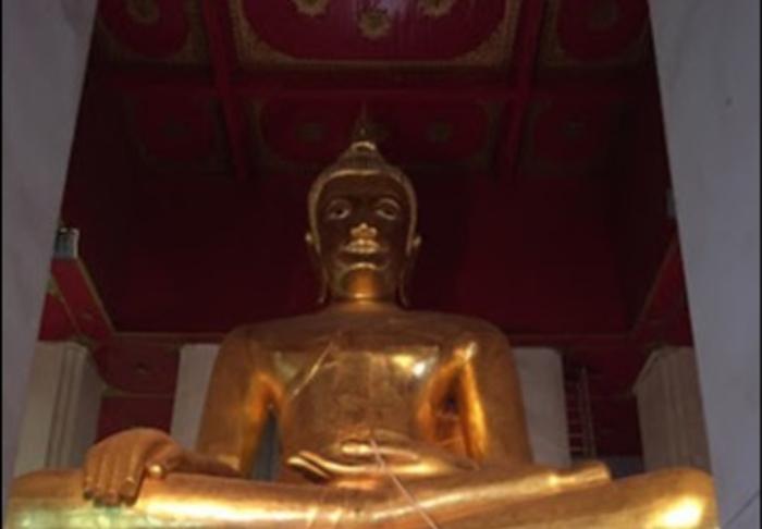 Ayutthaya - Historical Park - Lookig up to Buddha in Ayutthaya Historical Park, Bangkok