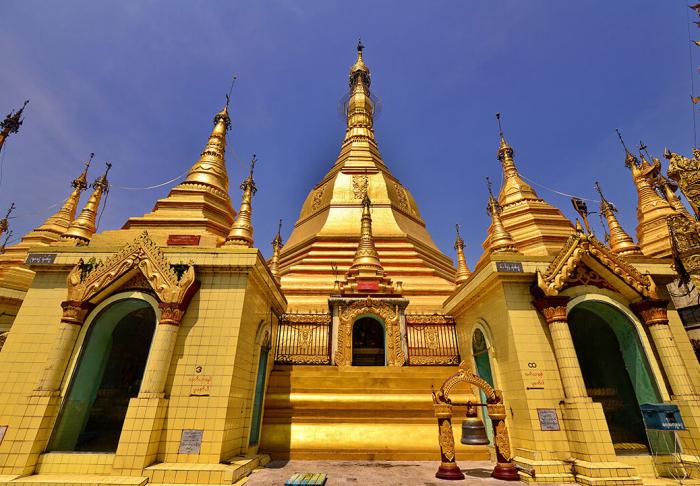 Sule Pagoda in Sule Pagoda, Yangon