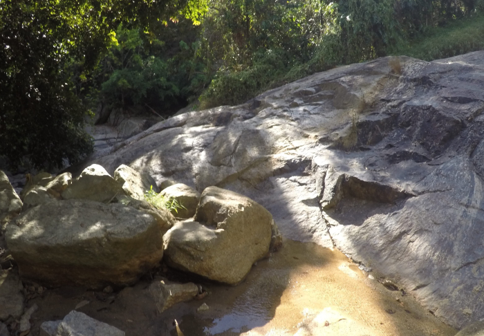 Na Muang Waterfalls - Boulders are very big in Mummified Monks, Koh Samui