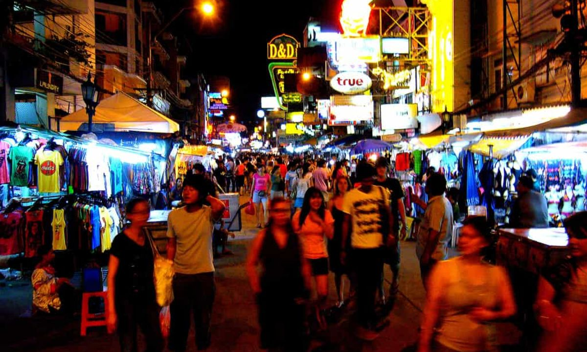how to go to khao san road