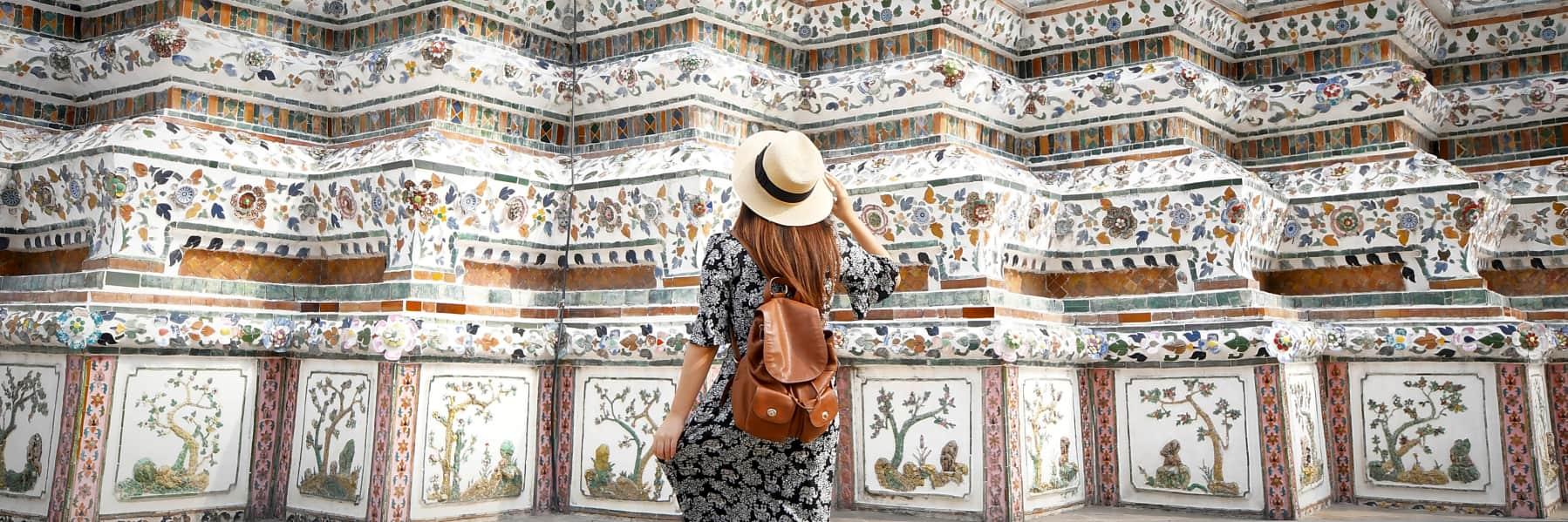 Bangkok Temples Instagram Tour: Wat Arun, Wat Pho & Wat Saket (Small Group)– Half Day gallery