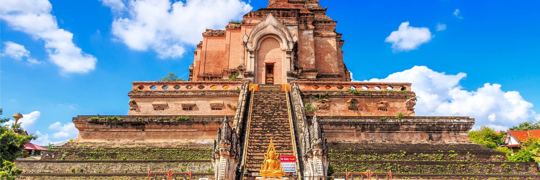 Chiang Mai Temples & City History Small Group Tour – Half Day gallery