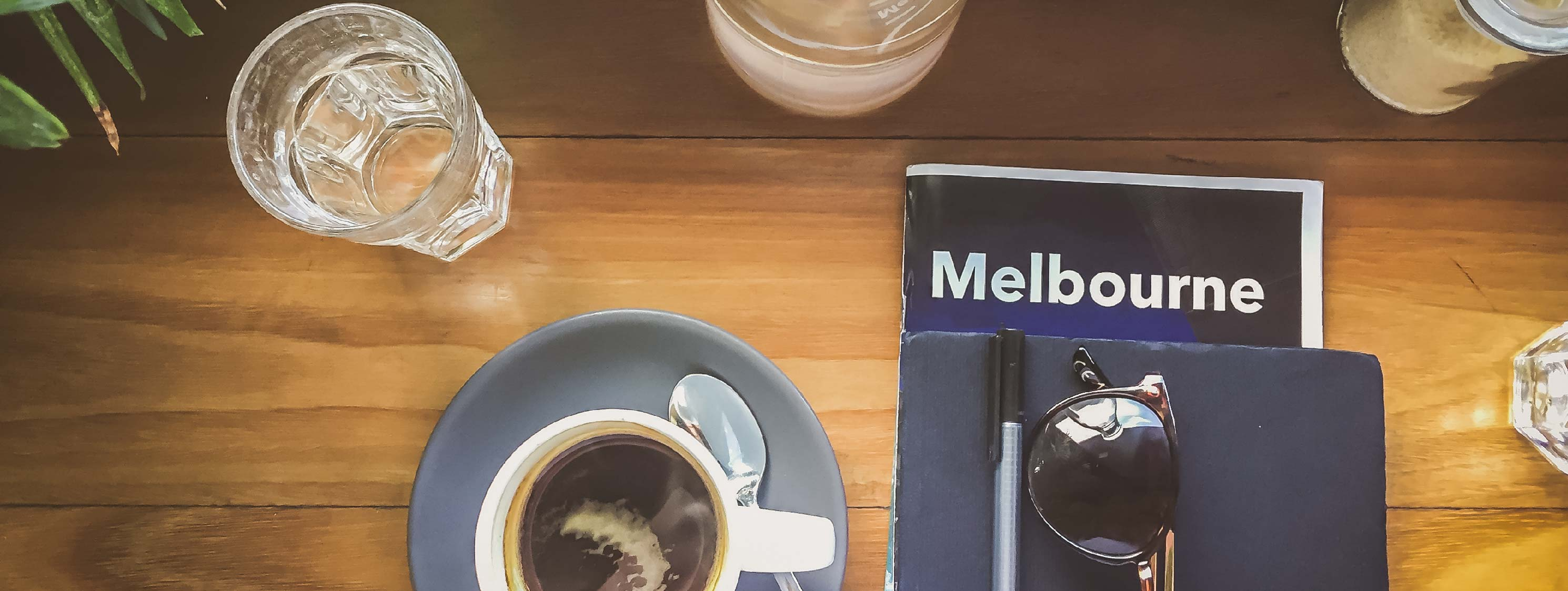 Melbourne Guide in a cafe