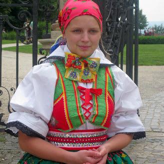 womain in folk dress