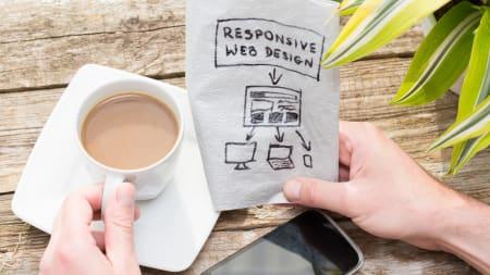 AMP vs Responsive Design.