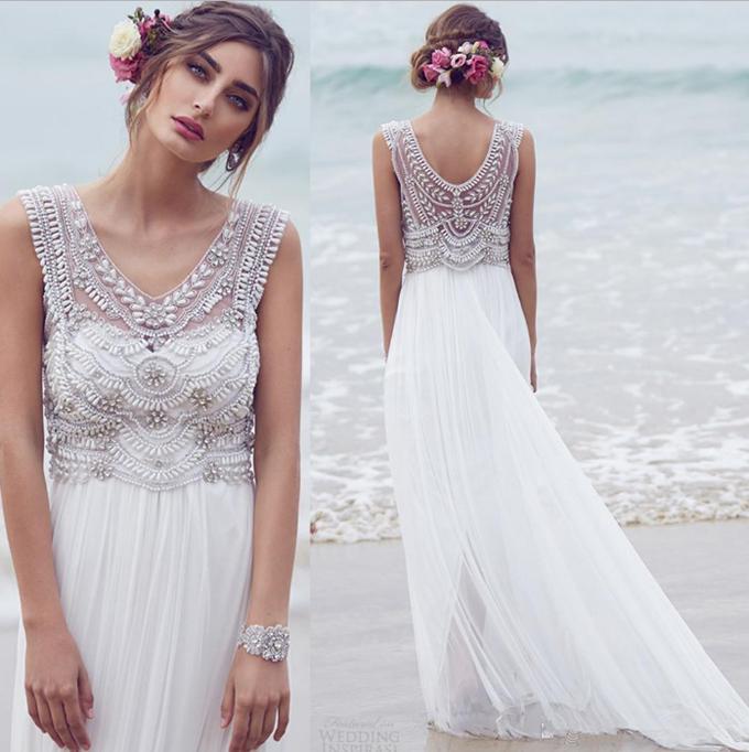 Không mua váy có màu quá trắng
