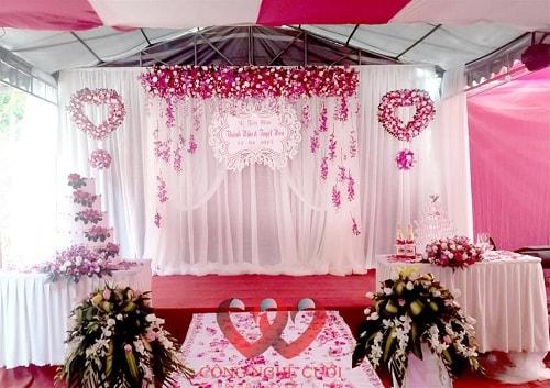 Sân khấu đám cưới