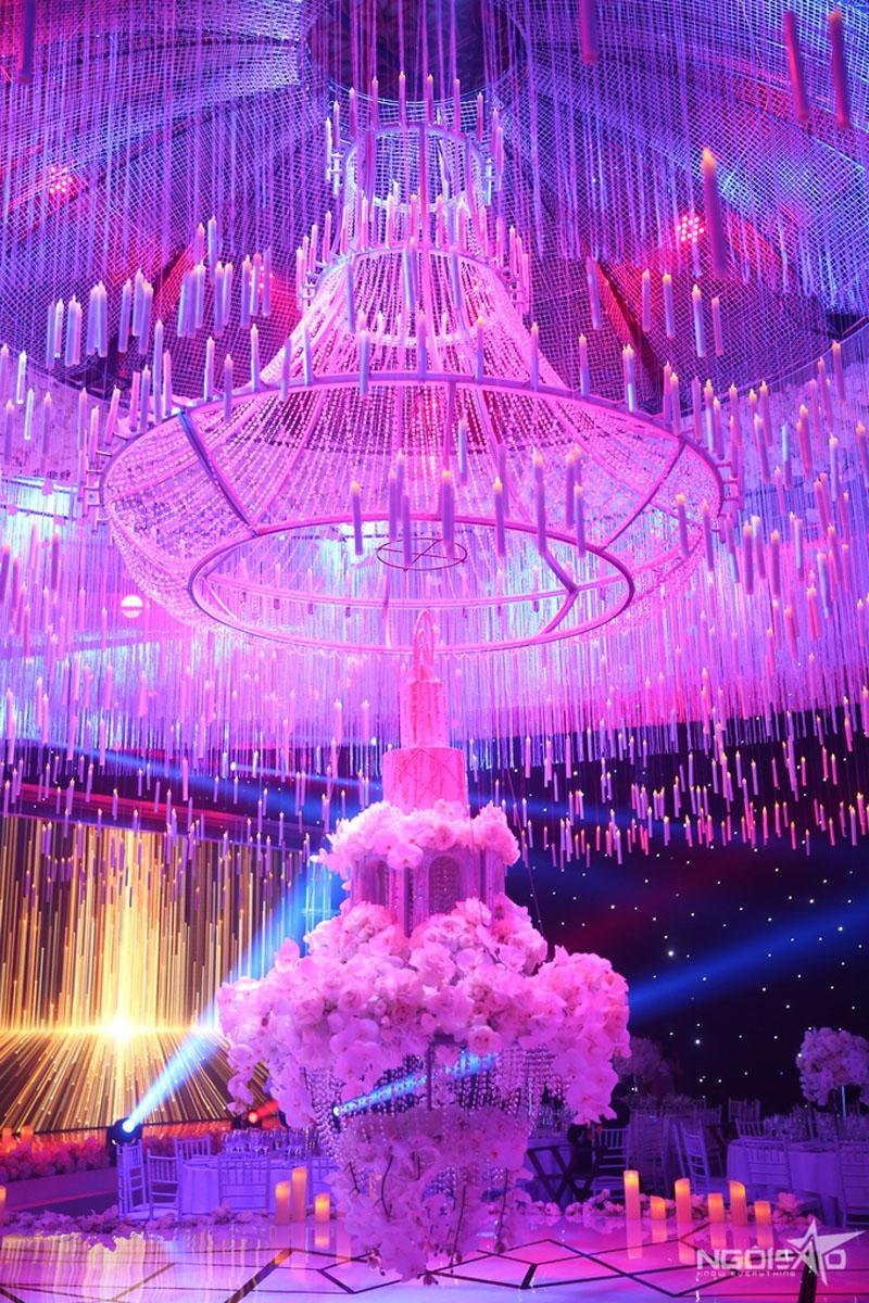 bánh cưới của Sao