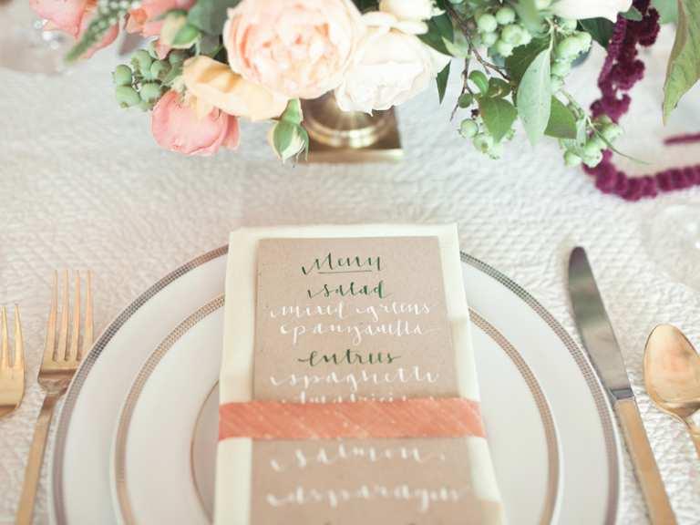 Mẫu thực đơn đám cưới cho từng khách mời