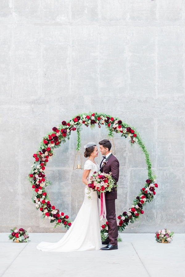 Backdrop tròn kết hoa