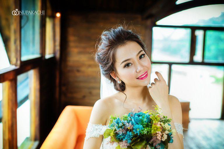 Trang phục và đạo cụ đa dạng dành cho chụp ảnh cưới