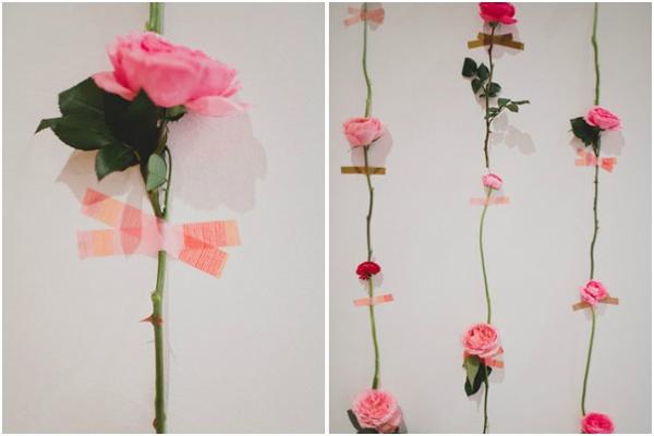 Backdrop với hoa tươi