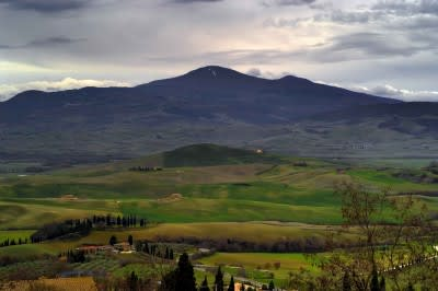 Tuscany geothermal group to push for medium-temperature power development