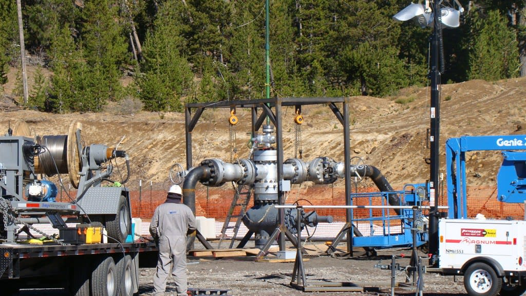 Newberry Volcano Selected as a Finalist for National Geothermal Energy Lab