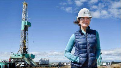 NREL staff part of US team taking over leadership of Women in Geothermal
