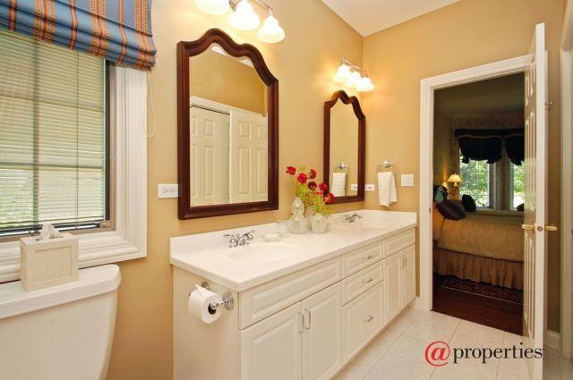 MJM Interiors - Bathroom